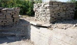 Камень гранит на карьере в селе Большебрусянском фото